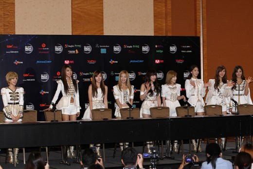 소시·2NE1·미쓰에이, 싱가포르 대격돌 승자는?