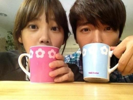 """윤승아-동해 다정샷, 커플컵 들고 눈 땡글 """"귀엽네"""""""