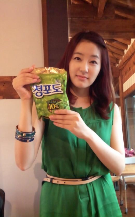 박진희, 초록색 원피스 입고 동안 외모 과시 '청포도 사탕 같아'