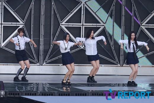 """에프엑스 측 """"11일 신곡 MV 촬영, 컴백 시기는 미정"""""""
