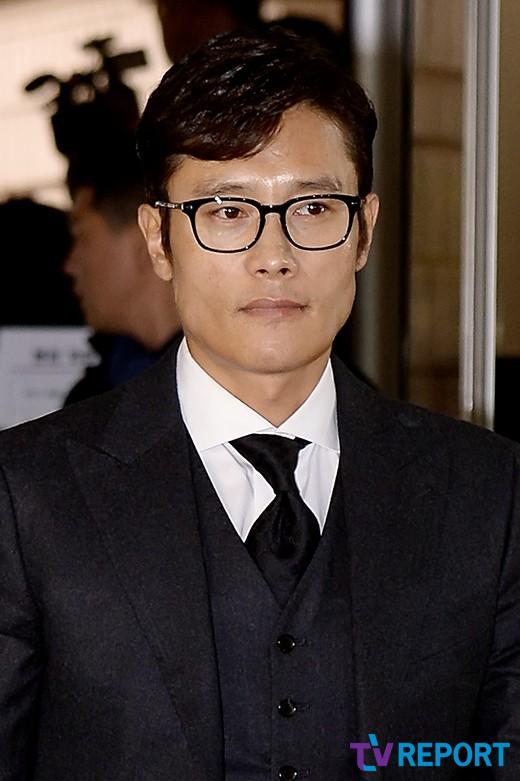 검찰 '이병헌 협박' 다희·이지연에 징역 3년 구형