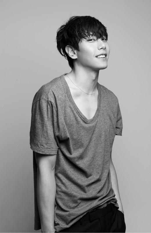 '음원강자' 박효신, 4월 초 컴백…'Shine Your Light' 발매