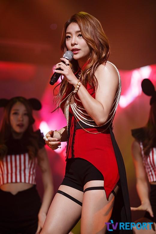 [단독] 에일리, MV 촬영 중 발가락 골절…10월 컴백 비상