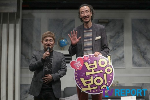 [T포토] 손남목-한기범 '엄청난 키차이' (연극 '보잉보잉' 17주년 기념 셀럽데이)